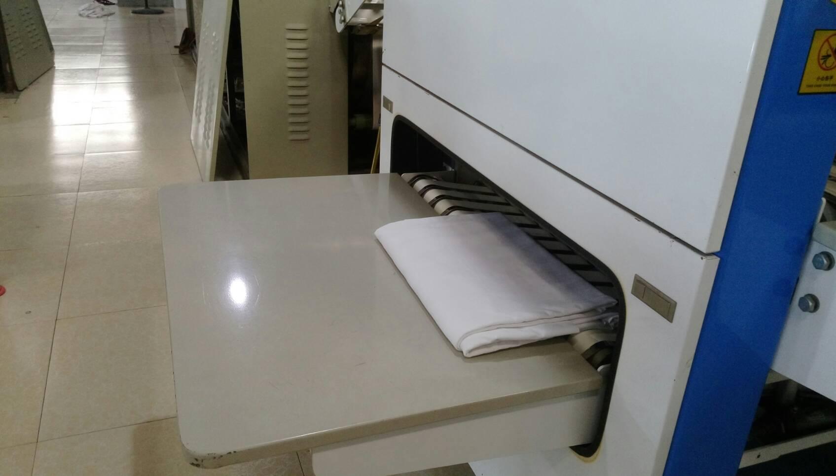 毛巾折疊機折疊毛巾成品.jpg
