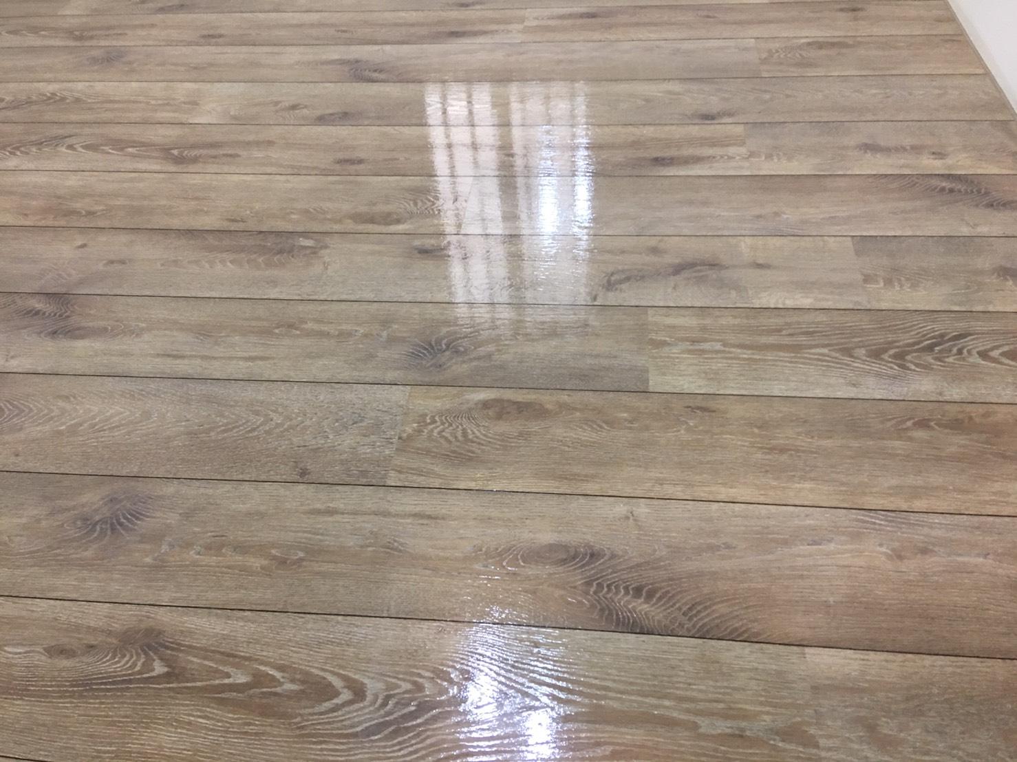 木質地板打蠟後.jpg