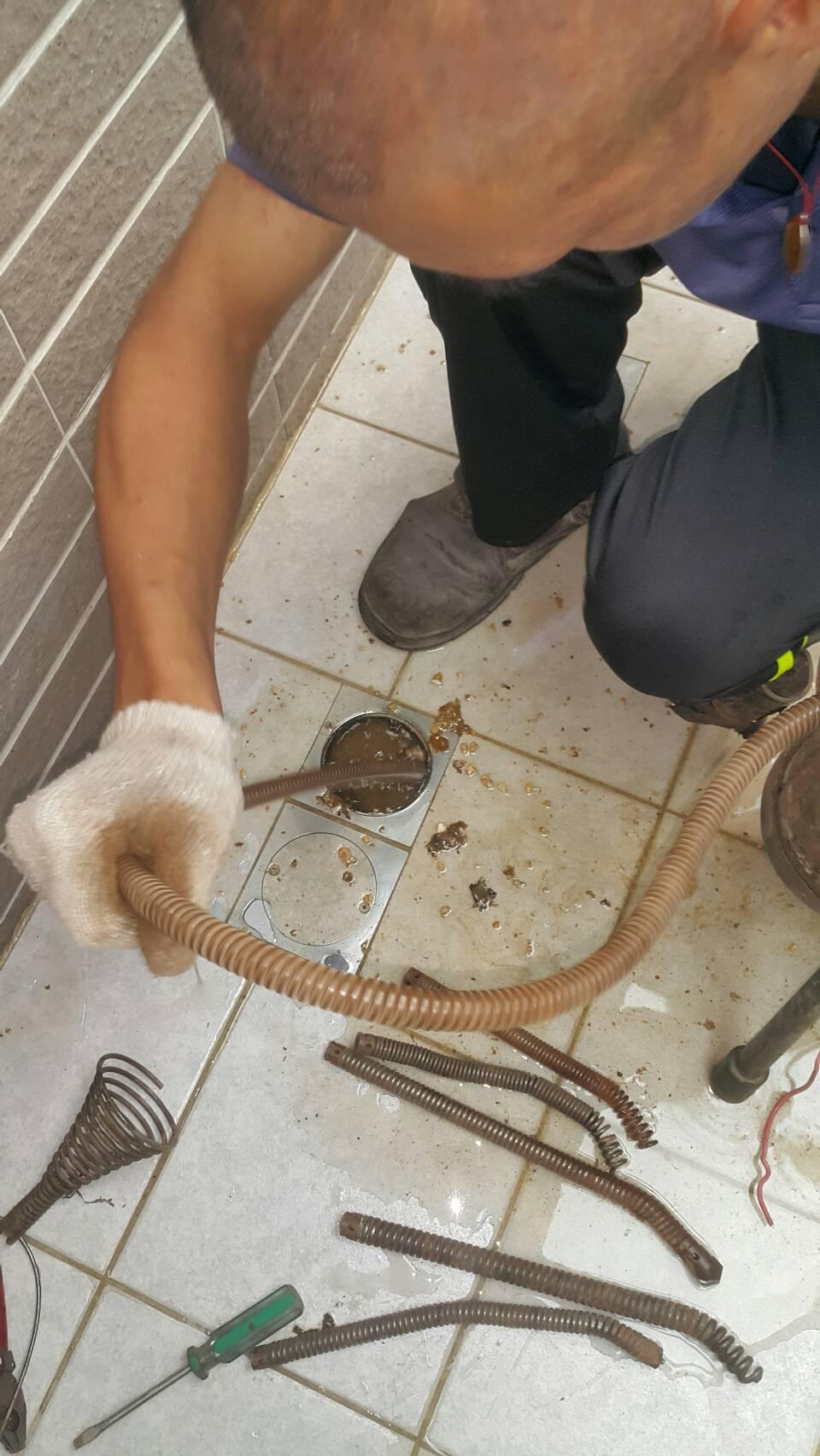 排水管疏通.jpg