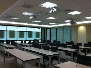 南台科技大學遠端視訊會議室 (2).jpg