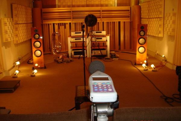 視聽室測量 (1).jpg