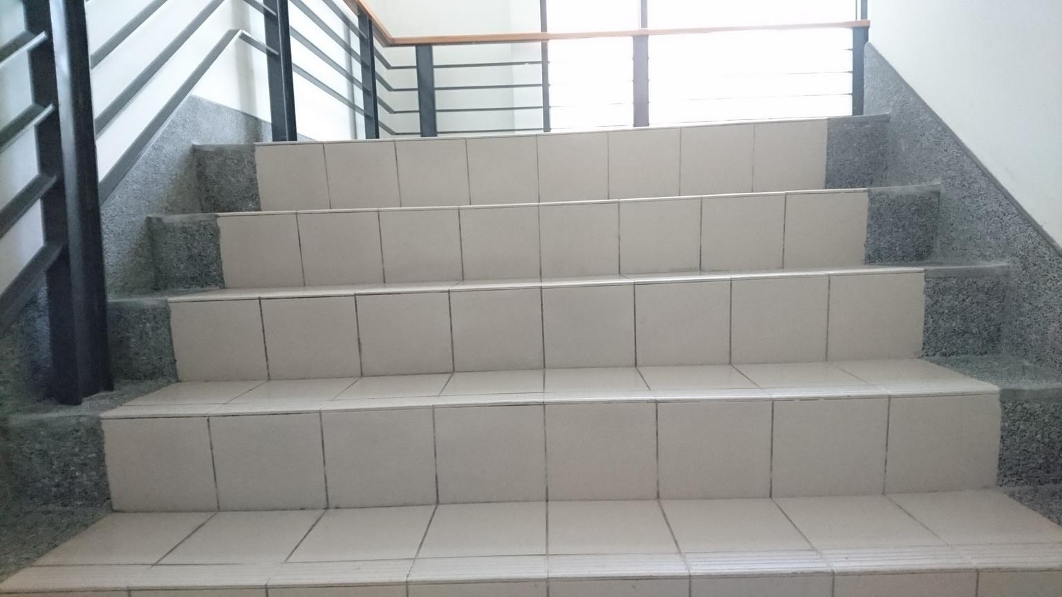 樓梯磚加抿石子滾邊 (首頁靜態呈現6)_resize.jpg