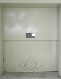 電梯出入門口.png