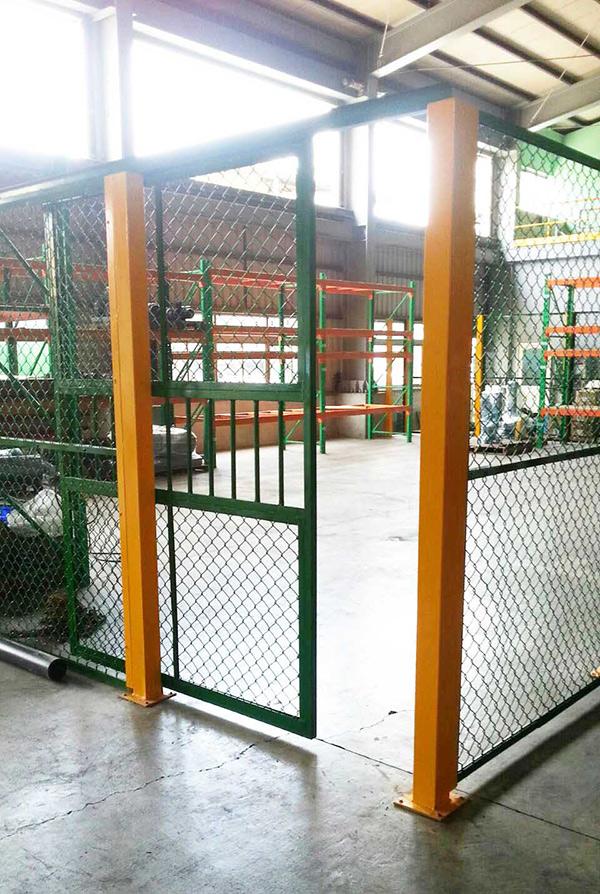 廠房內倉儲圍籬1.jpg