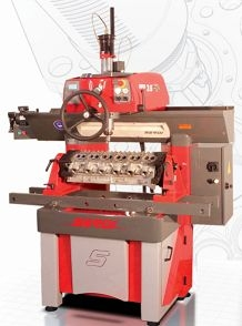 26.現在seat and guide machining.jpg