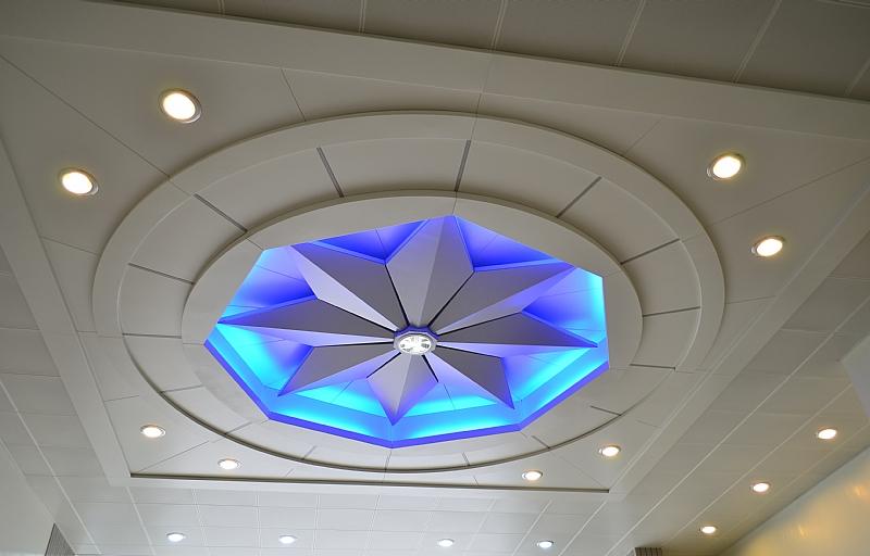 星芒金屬造型天花板.JPG