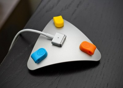 Normal mos magnetic cable organizer 1