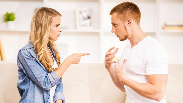 すぐに嘘をつく彼はイヤ?男性が恋人に嘘をつく理由とは!