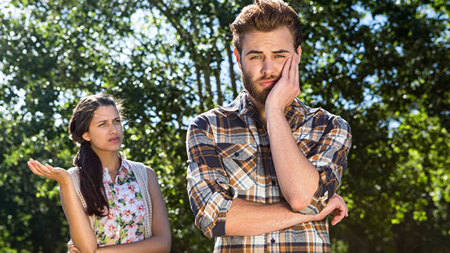夏デート中はコレがNG!彼氏にドン引きされる5つの行動!