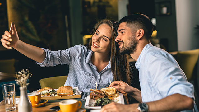 遠距離恋愛は要注意!長く続かないカップルが多いワケとは?