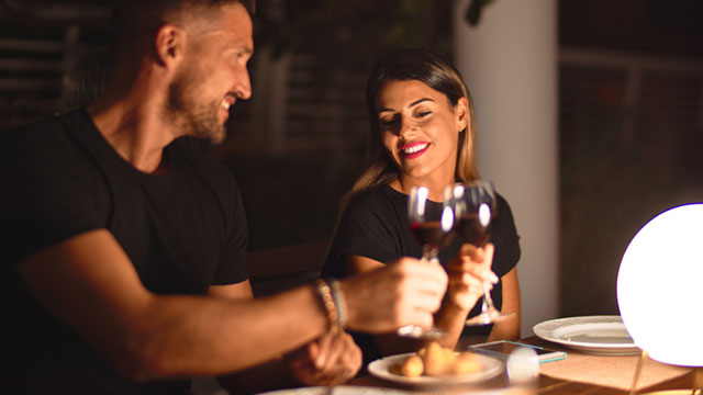 彼ともうすぐデートなら?知っておきたい食事マナーはこの6つ!