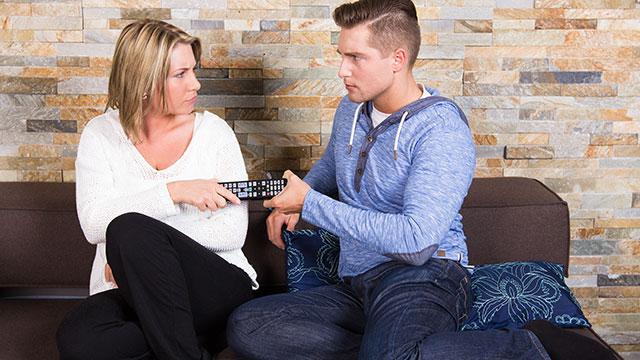 大好きなはずなのにイライラ!同棲中、彼が彼女に不満に思うこととは?