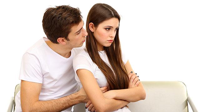 恋愛中に悪い癖を発揮してない?彼氏を悩ませる女子の5つの癖とは?!