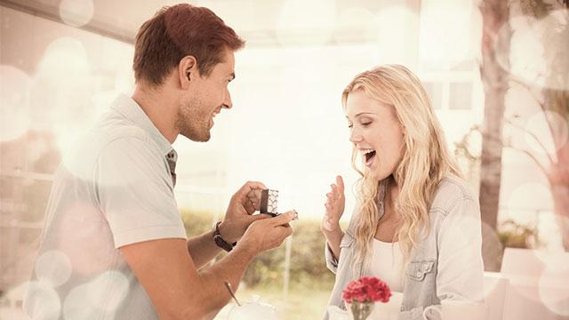 婚約はどこから成立するの?目安や婚約後にすべきことはコレ!
