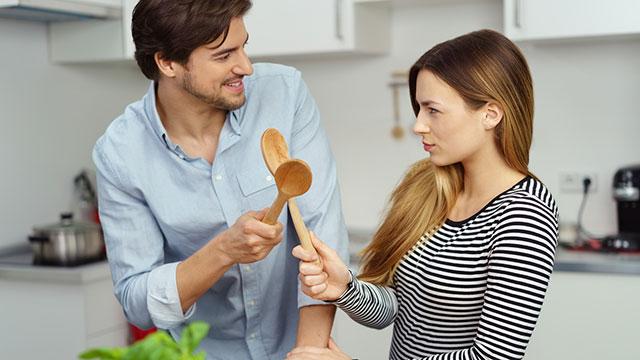今どきの男性は台所に立つ!彼氏が手料理を作ってくれる理由とは?