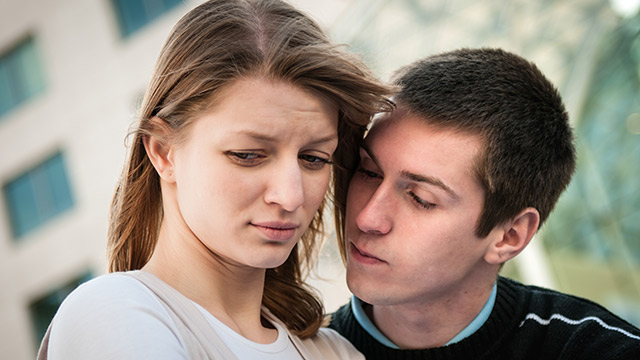 別れる前にもう一度!最後に会うことを提案する男性の心理や理由とは?