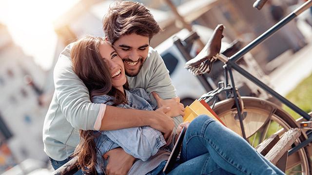 彼氏が優しくないなら焦らせよう!男性を焦らす方法5選♡