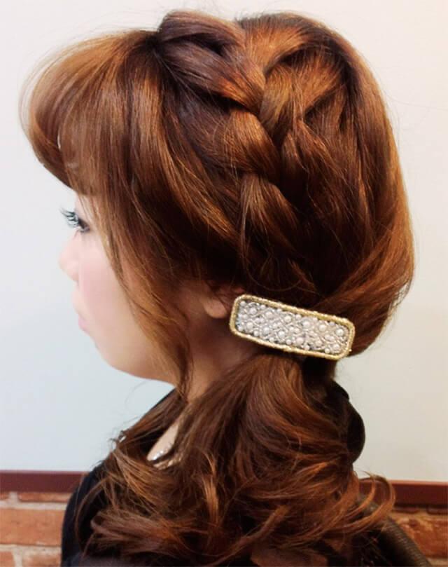 「ミディアムにおすすめの編み込みヘア」の手順_6