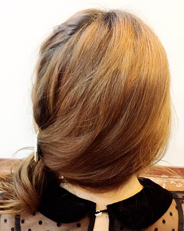 「ミディアムにおすすめの編み込みヘア」の写真【バック】