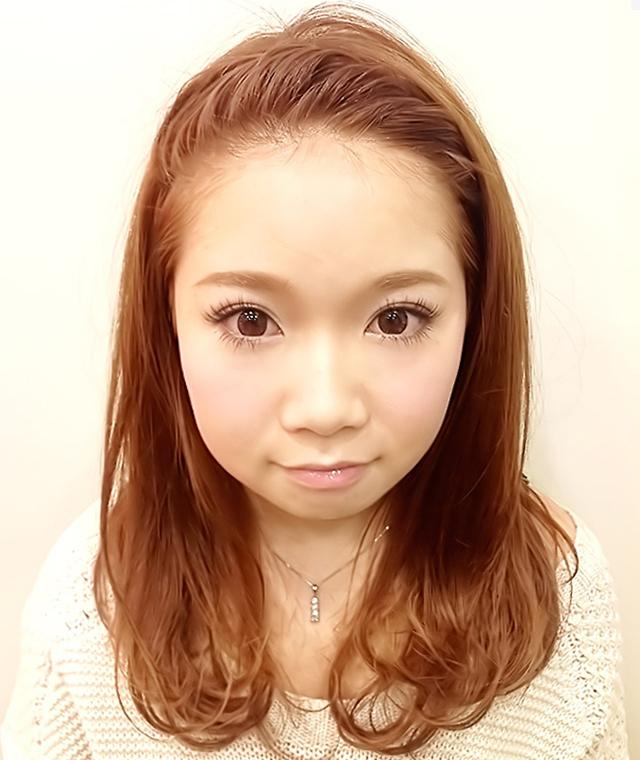 「カチューシャ風ねじり前髪アレンジ」の写真【フロント】