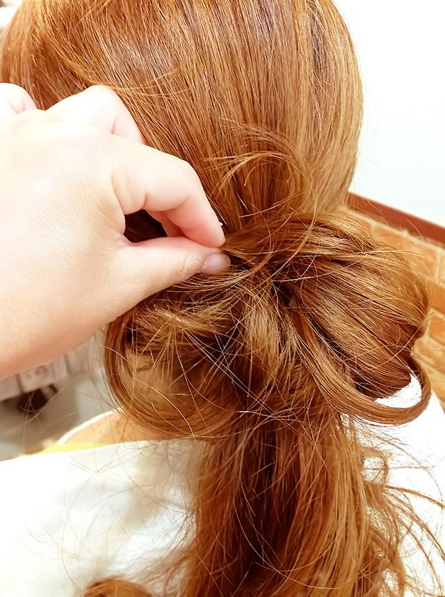 「夏を楽しむヘアアレンジ」の手順_4