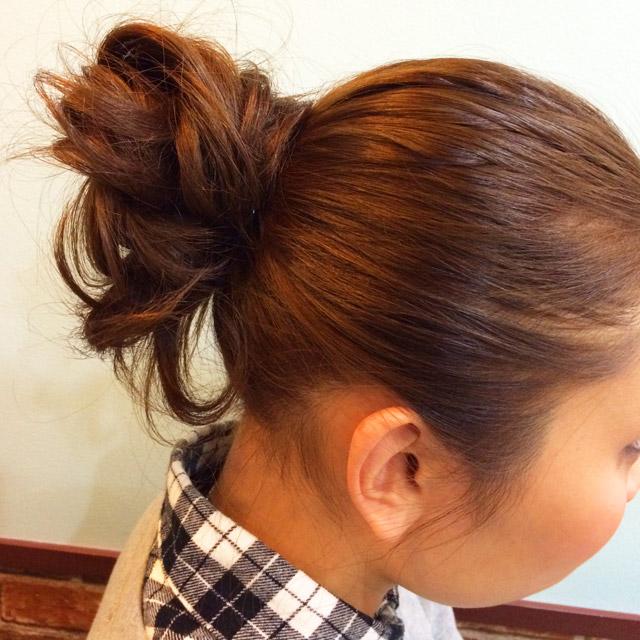 「クール美人ヘアアレンジ」の写真【サイド】