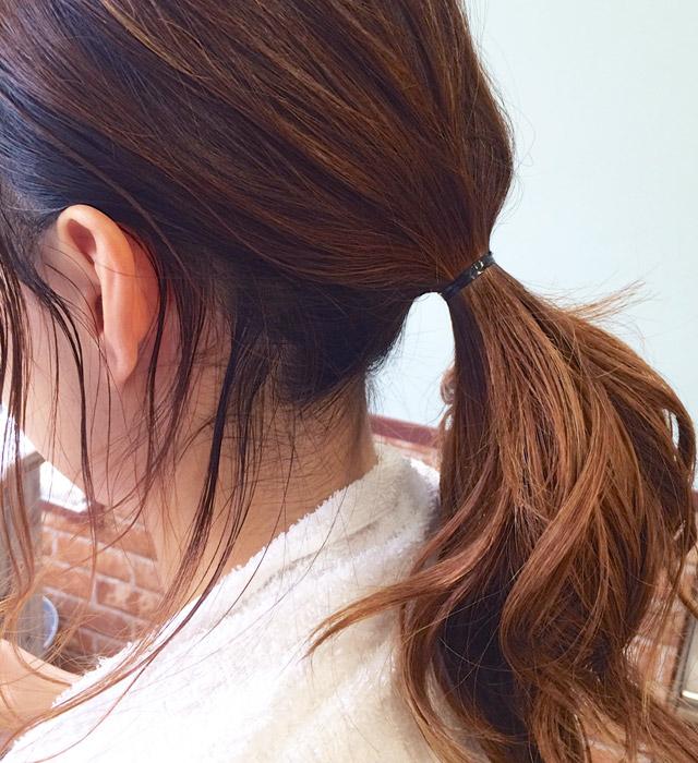 「魅惑の女っぽヘアアレンジ」の手順_2