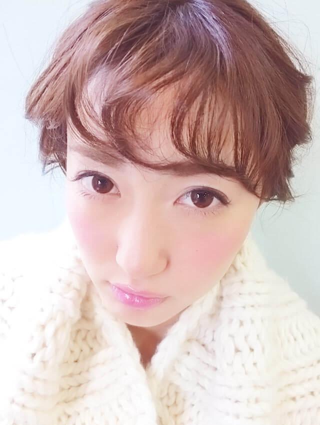「ふわふわショートヘアアレンジ」の写真【正面】