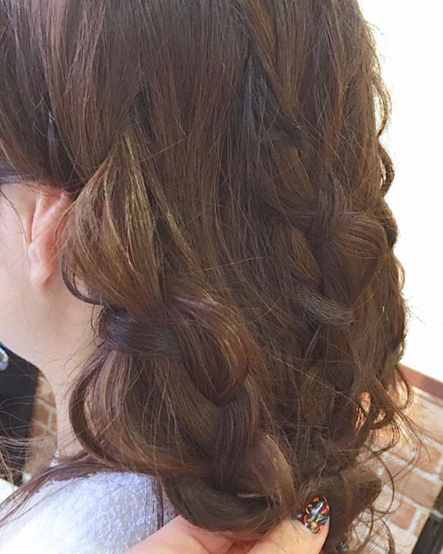 「春のときめきヘアアレンジ」の手順_3