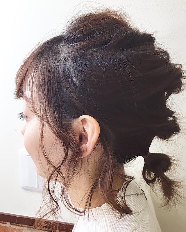 「崩れ知らずのアクティブヘアアレンジ」の写真【サイド】