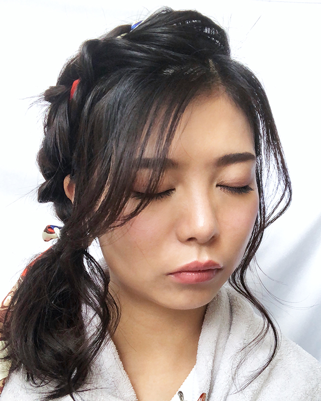 「スカーフの編み込みヘアアレンジ」の手順_10