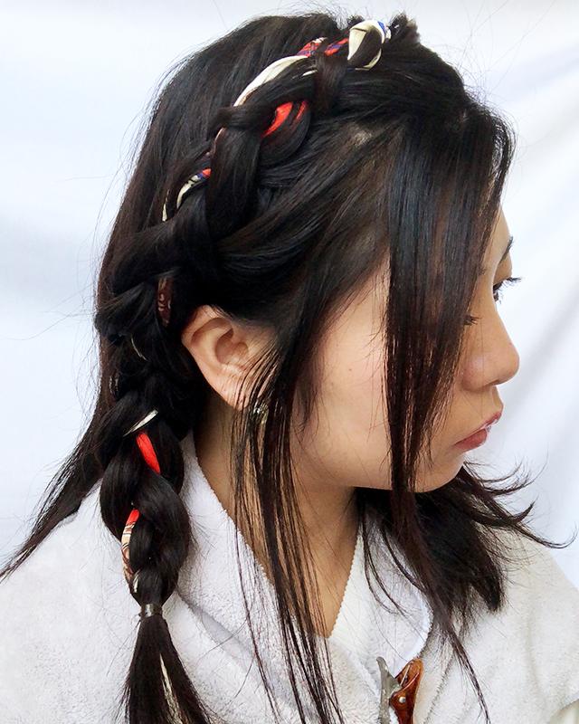 「スカーフの編み込みヘアアレンジ」の手順_3