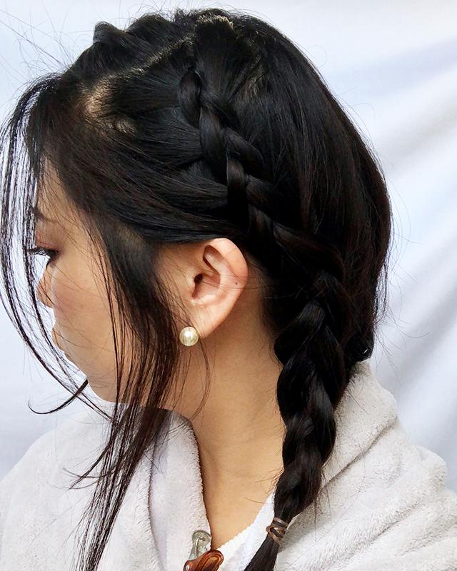 「スカーフの編み込みヘアアレンジ」の手順_4
