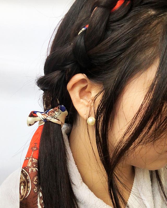「スカーフの編み込みヘアアレンジ」の手順_7