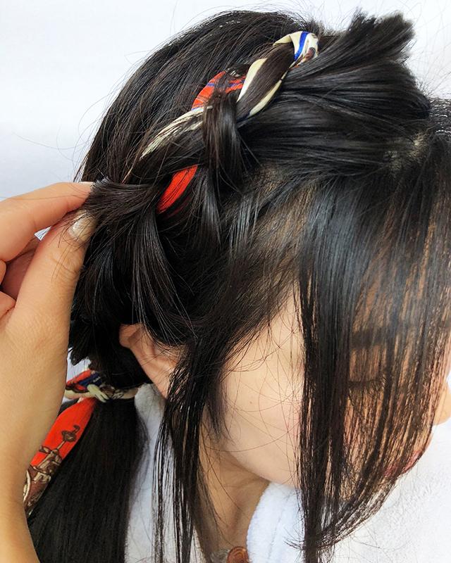 「スカーフの編み込みヘアアレンジ」の手順_8