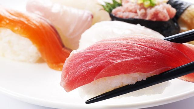 お寿司は太らない?ダイエット中の回転寿司の食べ方