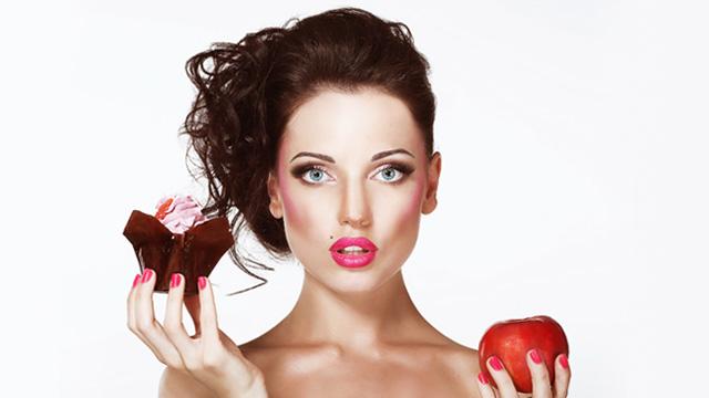 増えた体重を信じる前に!食べ過ぎたモノで違う太り方の法則