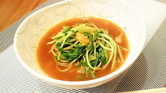 腸内環境を整えるダイエットレシピ~豆苗のシャキシャキHOTスープ