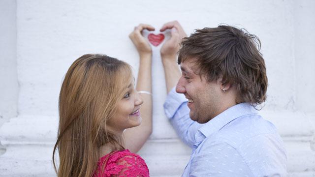 98%の女性が共感。彼氏が途切れない女性はストライクゾーンが広くて惚れやすい体質!?