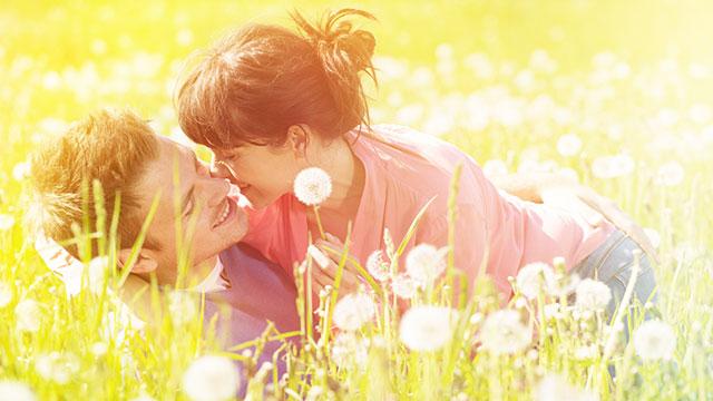 約8割の女性が恋の妄想をしている!?その内容とは…