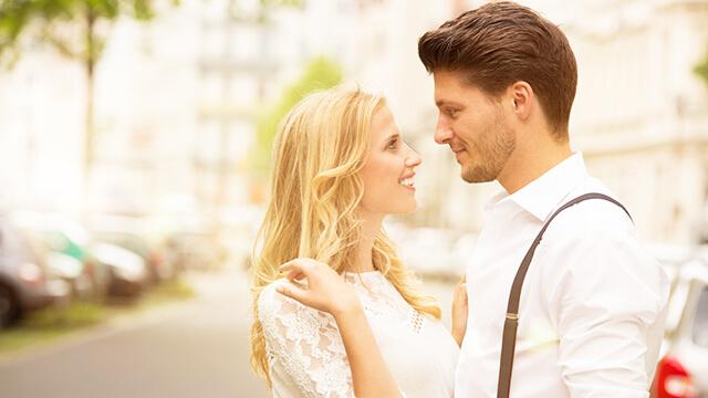 出会いを求める女性の53%が友達に男性を紹介してもらっている!?そして期待できない出会いワースト1位とは…