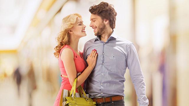 女性も男性も付き合っていくうちに性格が変わっていく一方、喧嘩やイチャイチャする頻度は…