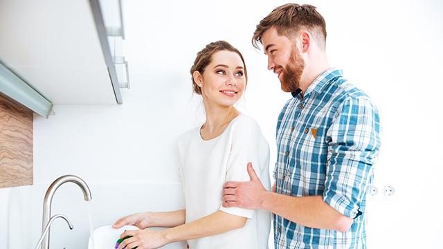 男性が思う「結婚してもこれは女性にやって欲しい」家事とは?