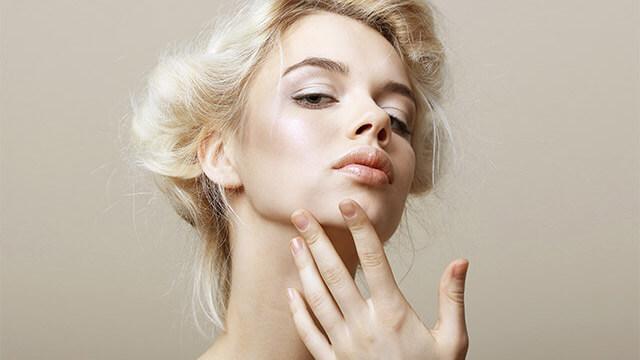 肌を乾燥させる食べ物と肌が潤う食べ物~内側から美肌を作る方法