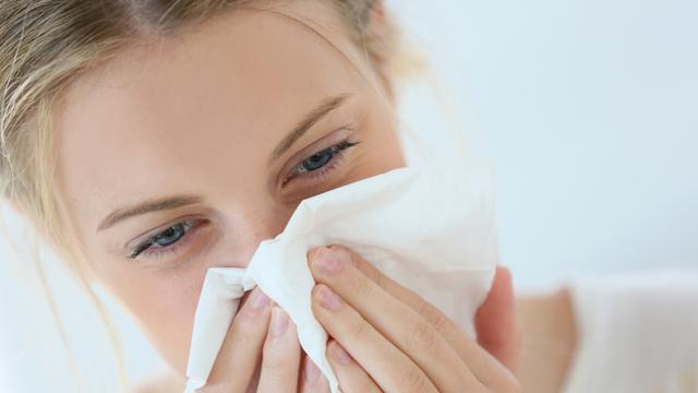 鼻水・鼻づまりが治らない?鼻水・鼻づまりが即効解消するツボ