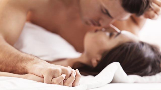 避妊を望むカップルの7割が使用する「コンドーム」の使い方