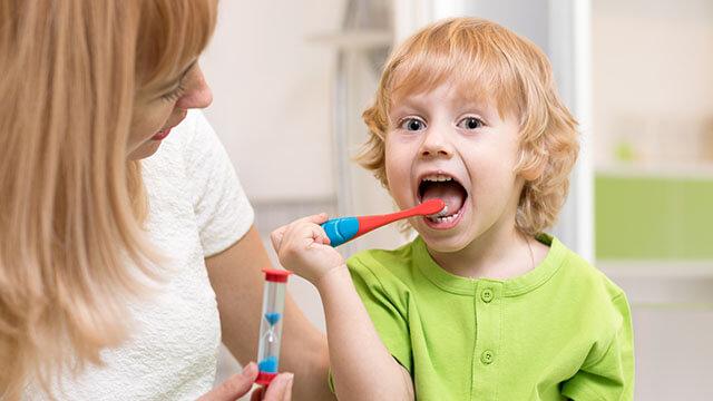 子供を虫歯にさせない方法~妊娠中から幼少期のかけての予防法