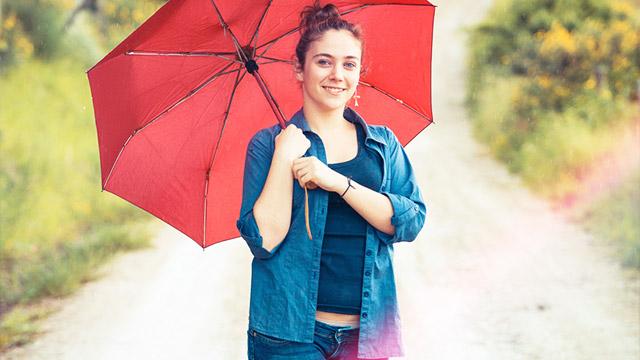 雨の日デートのために傘の柄や日頃のお手入れにこだわろう