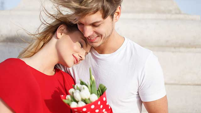 男性が恋に落ちる瞬間って?女性との違いとは?