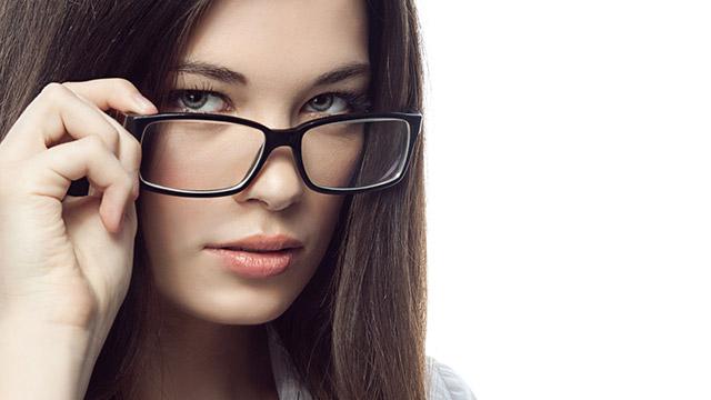 同性の先輩に目をつけられやすい女子の特徴とは?